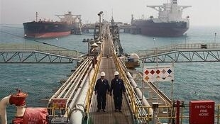 تحلیلگران سقوط صادرات نفتی ایران را پیش از اجرایی شدن تحریمهای نفتی آمریکا در اوایل نوامبر تأیید میکنند.