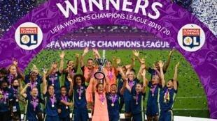 L'Olympique lyonnais remporte la Ligue des Champions féminine pour la sixième fois consécutive.