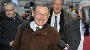 Noël Forgeard, l'ancien co-président exécutif d'EADS, qui avait réalisé une plus-value de 3,7 millions d'euros, a été blanchi par la Justice.