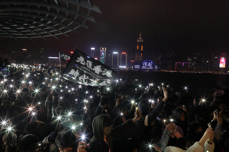 Hong Kong iniciou o ano de 2020 com protestos e enfrentamentos entre manifestantes pró-democracia e a polícia.