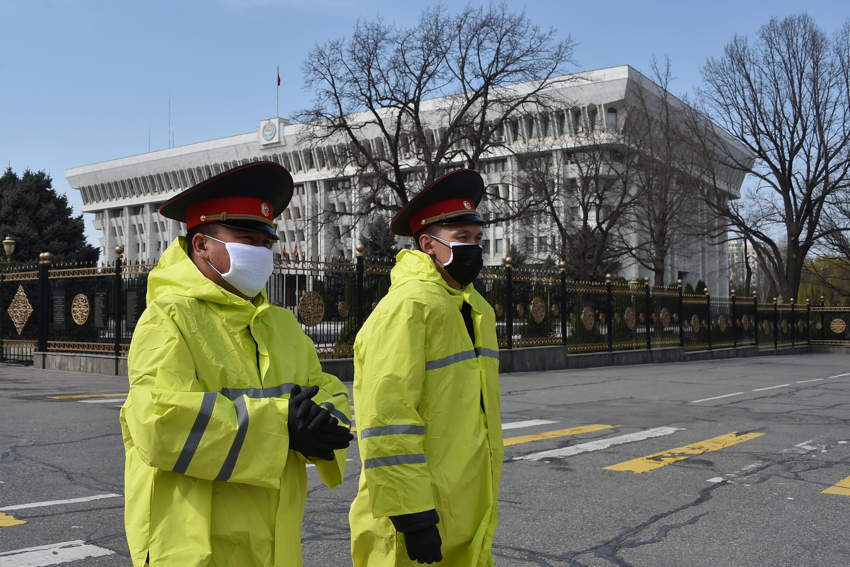 Здание Жогорку Кенеш (парламента Кыргызстана), март 2020 г.