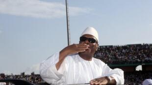 Ibrahim Boubacar Keïta à son arrivée au stade du 26-Mars à Bamako, lors du lancement de sa campagne, le 7 juillet 2013.