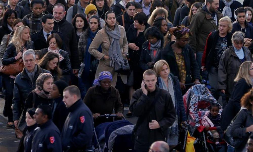 ۹۴ درصد فرانسوی ها از زندگی کردن در کشور خود ابراز خرسندی می کنند هر چند معتقدند که این جامعه با آرزوهای آنان فاصله می گیرد.