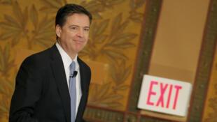 O ex-diretor do FBI, James Comey, foi afastado pelo presidente Donald Trump