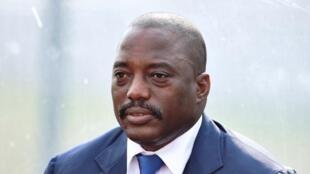 Des documents placent la famille et des proches de Joseph Kabila, son frère et sa soeur cadette notamment, au centre d'un scandale financier.