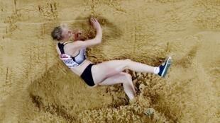 La triple sauteuse allemande Neele Eckhardt a été affaiblie par un virus lors des Mondiaux 2017 d'athlétisme.