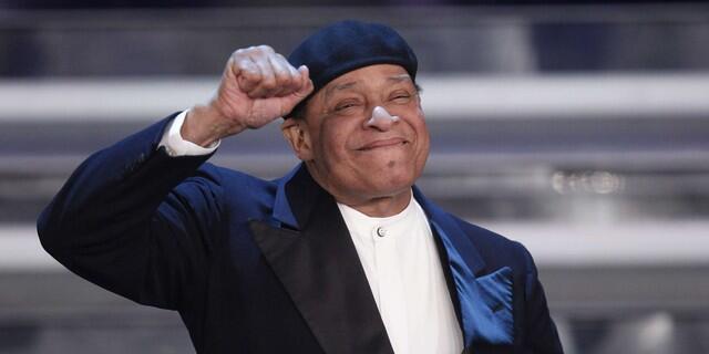 """""""آلوین لوپز جارو"""" معروف به """"الجارو""""  اسطورۀ موسیقی جاز آمریکا"""