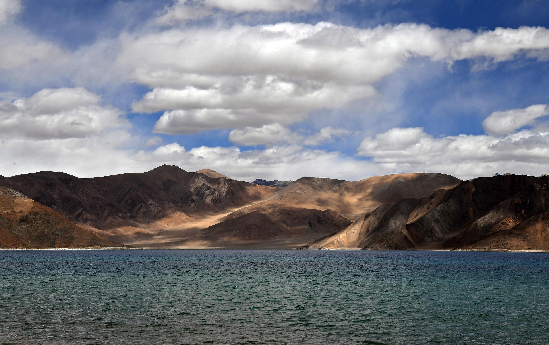 Hồ Pangong,tại vùng ranh giới Ladakh,phân cách Trung Quốc và Ấn Độ trên dãy Himalaya, ngày 14/09/2018.