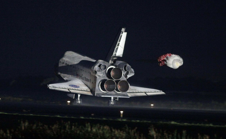 Atterrissage d'Atlantis en Floride le 21 juillet 2011.