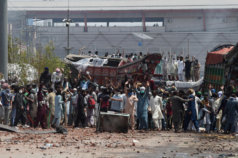 Image d'archive RFI -  des partisans du Tehreek-e-Labbaik Pakistan manifestent à Lahore