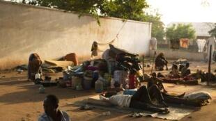 En RCA, la crise est à la fois sécuritaire et humanitaire. Ici, des déplacés au PK5.
