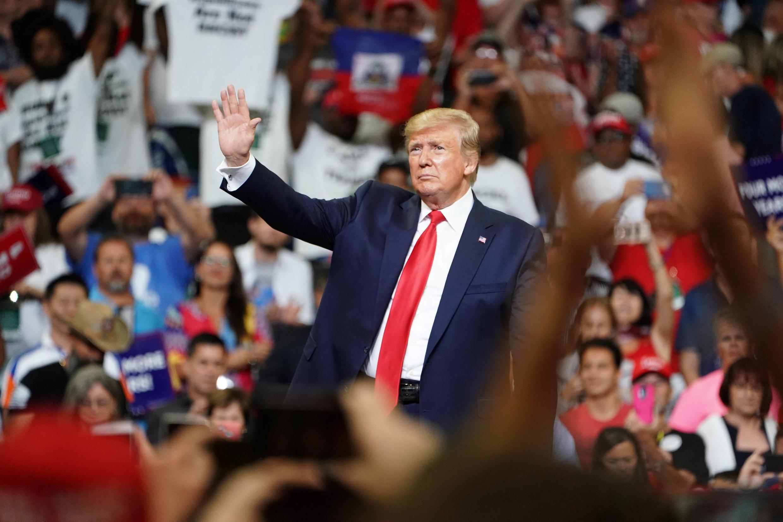 O Presidente Trump durante o lançamento oficial ontem à noite da sua campanha para um segundo mandato, em Orlando na Florida.