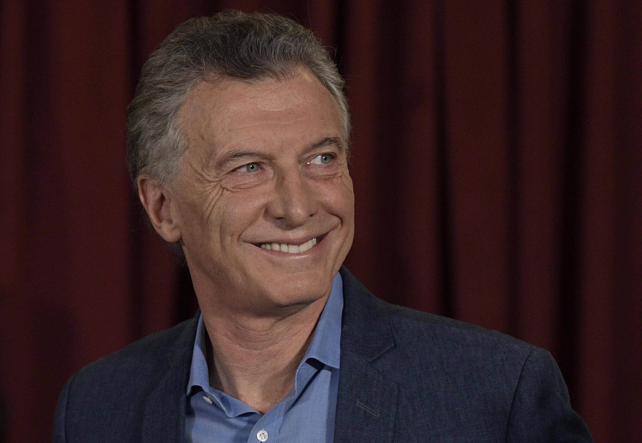 En Argentine, une procédure judiciaire a été ouverte contre l'ex-président de centre droit Mauricio Macri et deux de ses anciens ministres.
