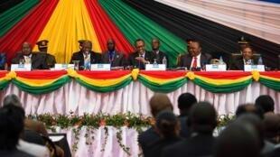 Baadhi ya viongozi wa EAC katika mkutano wa 17 uliofanyika jijini Arusha Tanzania