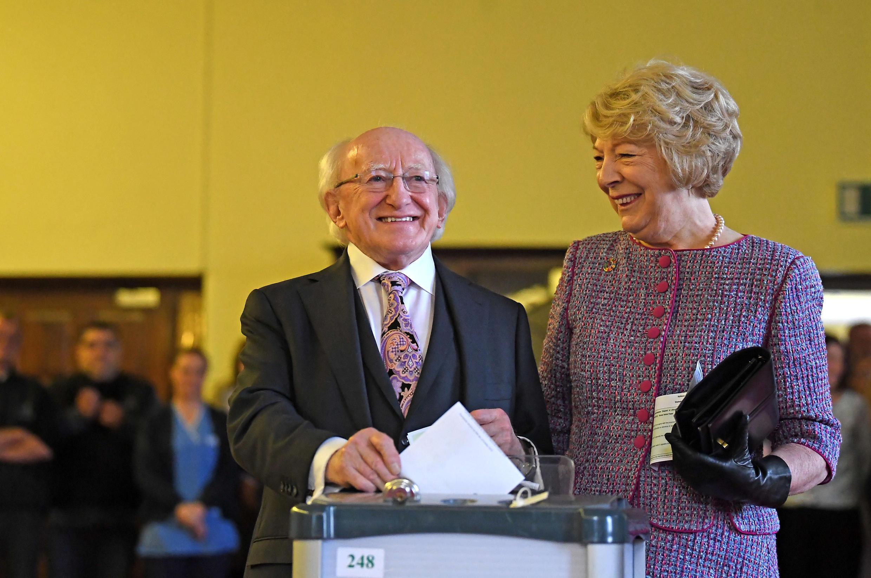 El presidente Michael D. Higgins y su mujer Sabina, en Dublin, lel 26 octubre 2018.