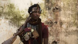Un combattant anti-balaka à Bangui, le 14 janvier 2014.