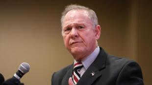Roy Moore durante una reunión en Alabama, 11 de noviembre 2017.