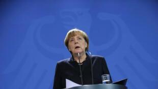 Quels sont les défis qui attendent Angela Merkel et l'Allemagne pour 2017 ?