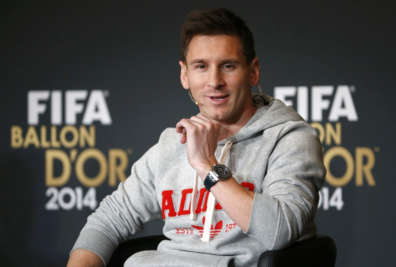 Lionel Messi achukua uamuzi wa kustaafu kuichezea timu yake ya taifa ya Argentina.
