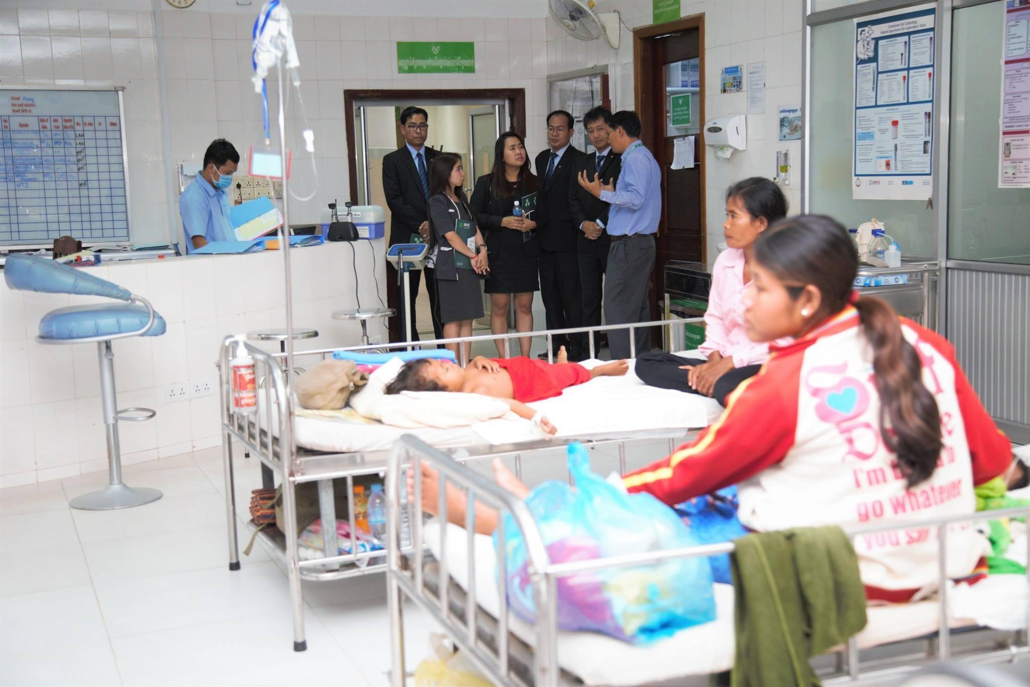 Enfants malade à l'hopital Angkor Hospital for children