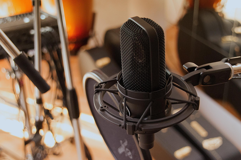 Microfone duma estação de Rádio (imagem de arquivo)
