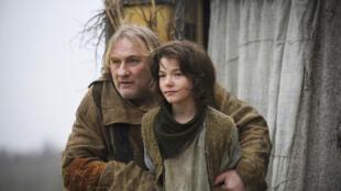 Gérard Depardieu em ação no filme L'homme qui rit, de Jean-Pierre Améris