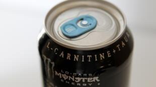 En Lituanie, les boissons énergisantes sont désormais interdites à la vente aux mineurs.