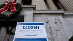 白宫官员:政府局部停摆局面恐持续至新年