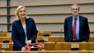Марин Ле Пен в здании Европарламента в Брюсселе.