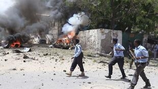Mogadíscio, capital da Somália, foi palco de um duplo atentado neste domingo.