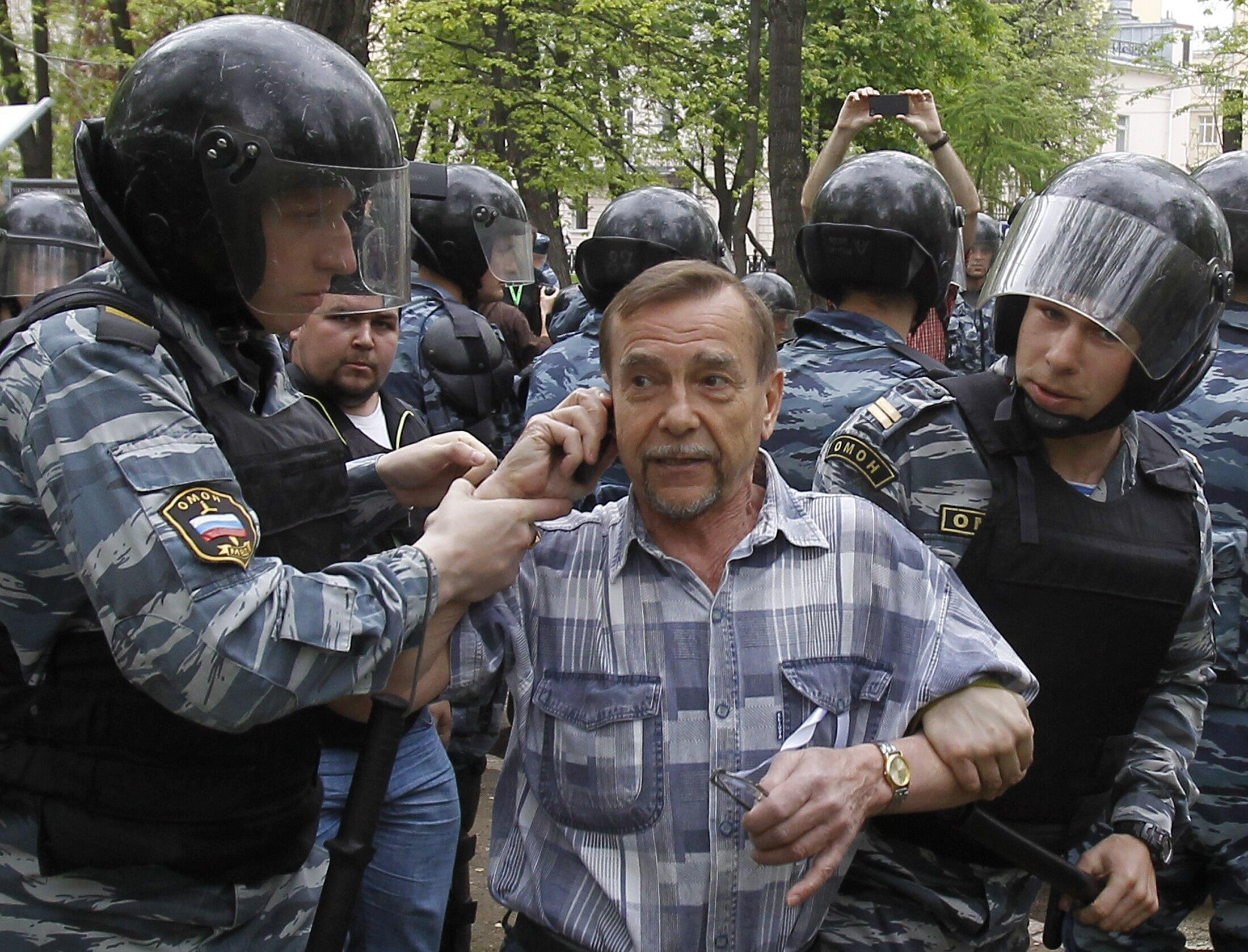 Задержание Льва Пономарева, Москва, 7 мая, 2012 года