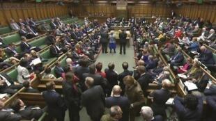 La chambre des Communes a voté en première lecture le projet de loi en faveur du Brexit, à Londres, le 8 février 2017.