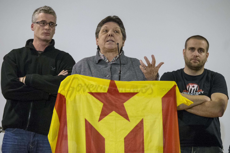 Gabriela Serra i Frediani, députée régionale du parti anticapitaliste et indépendantiste catalan Candidature d'unité populaire (Cup), en conférence de presse à Barcelon dimanche 3 janvier 2016.