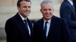 François de Rugy e o Presidente Emmanuel Macron, à porta do Palácio do Eliseu, no dia 12 de Dezembro de 2017 ( imagem de ilustração)