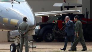 Eduardo Cunha foi preso e escoltado para Curitiba