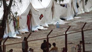 Cerca de 4.300 refugiados sírios já se instalaram em campos no sul da Turquia.