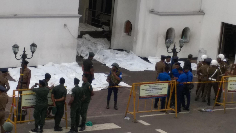 An tabbatar da mutuwar sama da mutane 320 a harin Sri Lanka