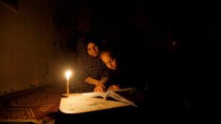 断电后的加沙 2017年4月25日