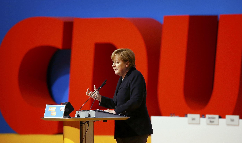 លោកស្រី មែគែល ក្នុងពេលប្រជុំសមាជកំពូលរបស់គណបក្ស CDU របស់លោកស្រី