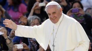 O Papa Francisco escolheu Assis, cidade do seu santo inspirador, Francisco de Assis, para iniciar a reforma da Cúria Romana.