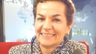 Christiana Figueres en los estudios de RFI en París.