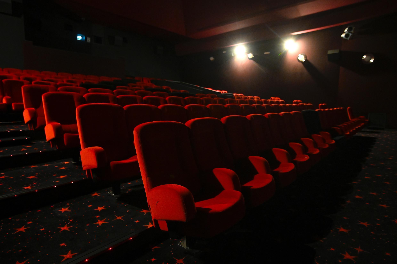 salas e cinemas fechados