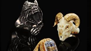 """""""Los anillos masculinos son objetos que tienen un valor simbólico muy fuerte"""", según Guillaume Glorieux, Dr. en Historia del Arte."""