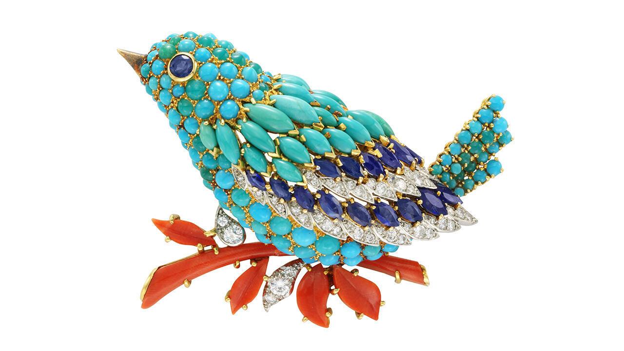 Синяя птица, 1963. Платина, желтое золото, сапфиры, бирюза, кораллы, бриллианты. Коллекция Van Cleef & Arpels. Patrick Gries!