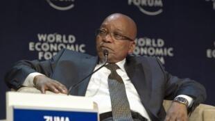 Jacob Zuma a décidé d'attendre le rapport d'un groupe d'enquête, mandaté par lui-même, avant de prendre toute décision et d'en informer le Parlement.