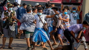 2021-02-25T053940Z_1198666720_RC2GZL98265C_RTRMADP_3_MYANMAR-POLITICS