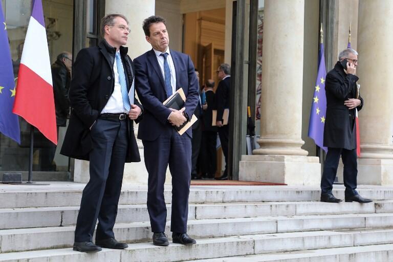 Les dirigeants du Medef, Geoffroy Roux de Bezieux (d), et de la CPME, Francois Asselin, avaient quitté brièvement la table des négociations sur l'assurance chômage.