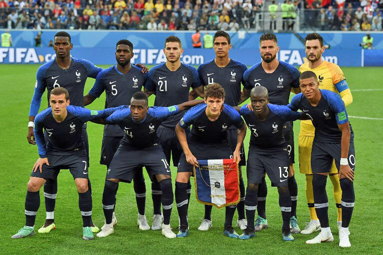 آبی پوشان تیم ملی فوتبال فرانسه