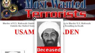 """Ảnh chụp trang Web của cơ quan an ninh Mỹ FBI ngày 02/05/2011, với ghi chú """"deceased"""" (đã chết) phía dưới ảnh của Oussama Ben Laden."""