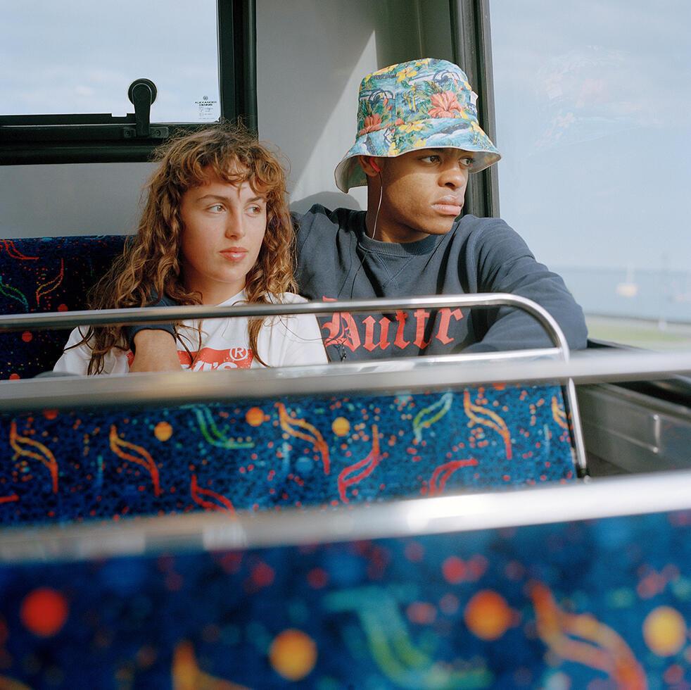 """O irlandês Daragh Soden levou o principal prêmio de fotografia do 32° Festival internacional de Moda et Fotografia de Hyères com sua série """"Young Dubliners""""."""